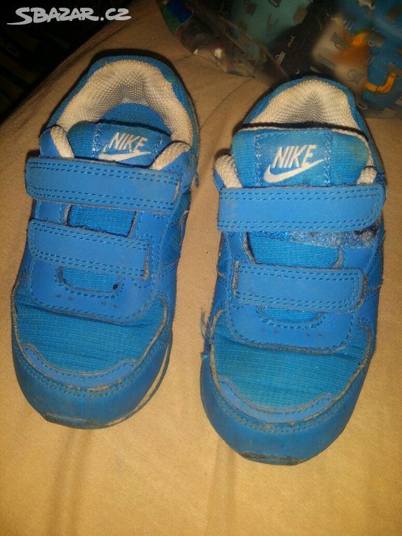 49d10822ef5 Tenisky Nike