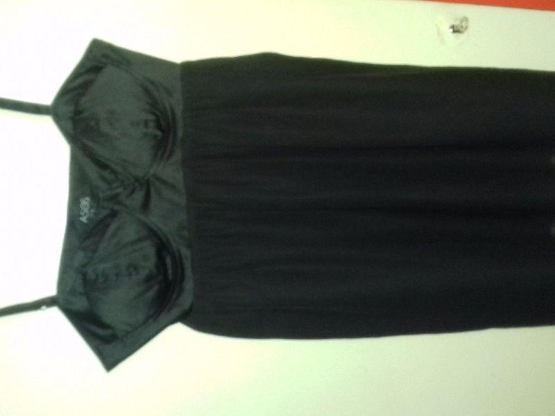 9afbf0419252 Prodám šaty černé na ramínka zn.Asos.vel.38 - Nymburk - Sbazar.cz