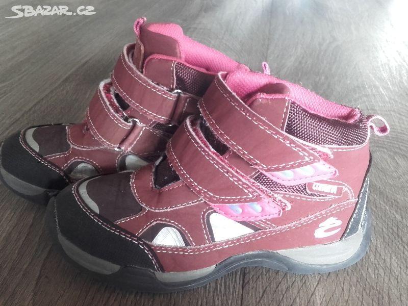 Dětské boty Cortina. - Lázně Bělohrad 83bab5a9d0