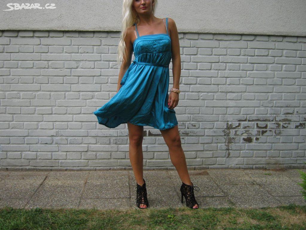 06156a0438c Saténové letní tyrkysové šaty na ramínka