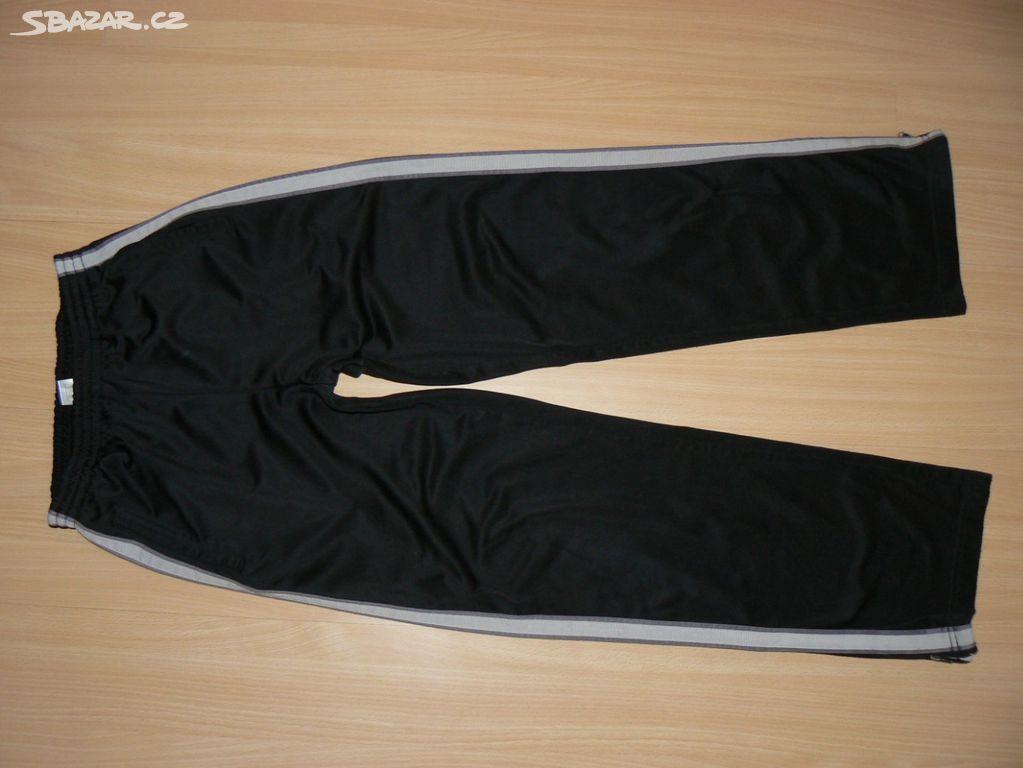 Zateplené chlapecké kalhoty z C A vel.152-158 - Trutnov - Sbazar.cz 9384212e531