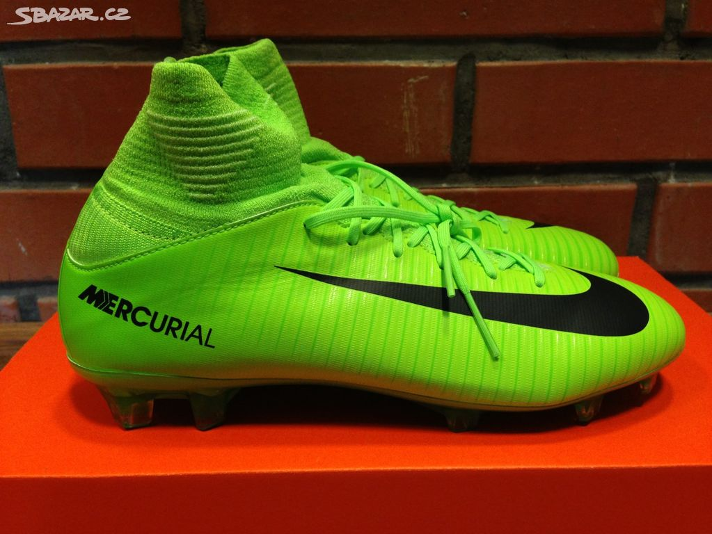 Nové jun. kopačky Nike Mercurial Superfly V FG - Uhlířské Janovice ... b98a450a2d
