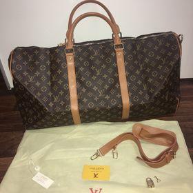 dfc11b062c Louis Vuitton cestovní taška. Inzerát byl odebran z oblíbených.