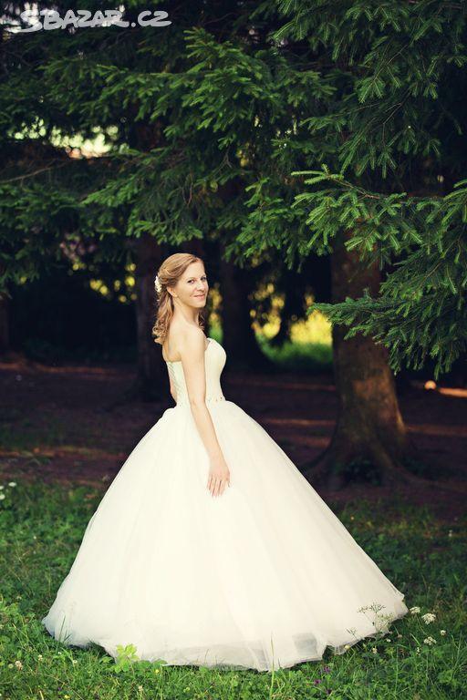 Luxusní svatební šaty - Velké Karlovice 21e5bb6ad6