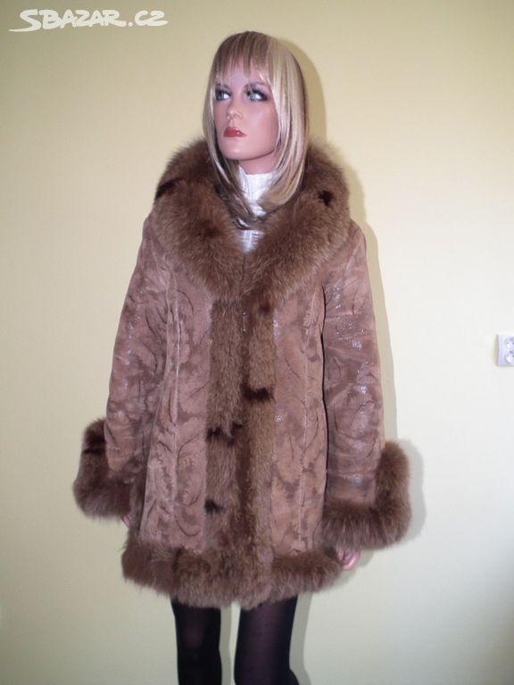 094f22afb4b Krátký kožený kabát lemovaný liškou - Kyjov