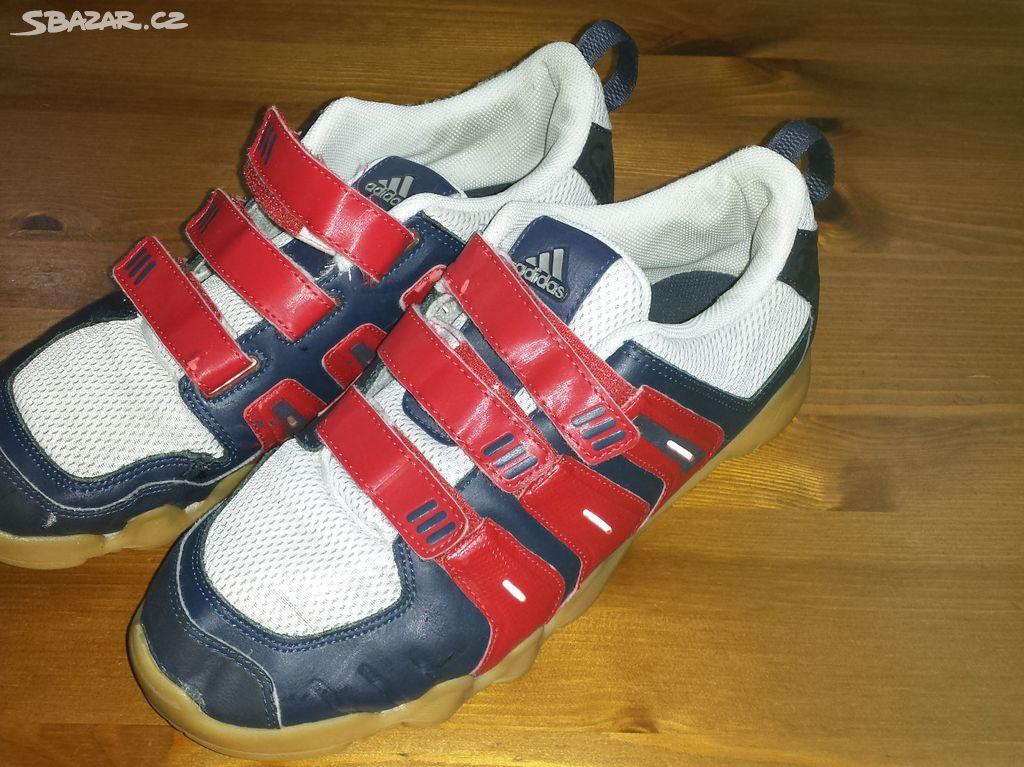 29e8cd98a68 Prodám dětské sálové boty Adidas vel.UK 6 - Klášterec nad Ohří ...