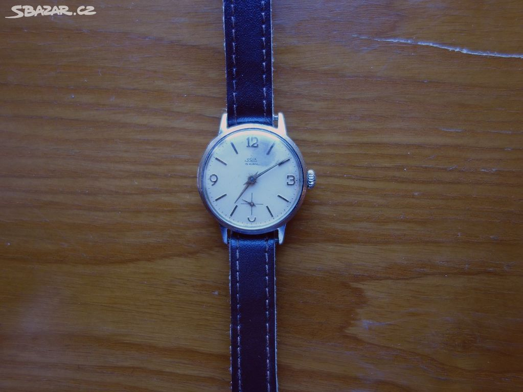 2e7735588 Další staré,funkční mechanické hodinky Prim - Klášterec nad Ohří ...