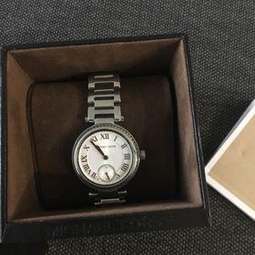 f618be6ca51 Inzeráty Krásné hodinky - Bazar hodinek