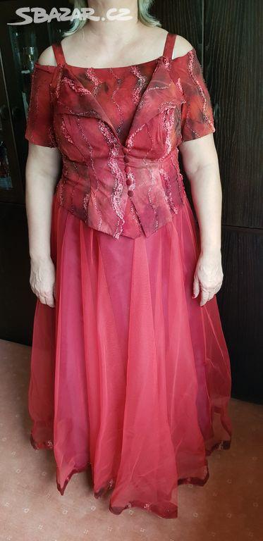 Červené plesové šaty - Havířov 4c2e67d74d