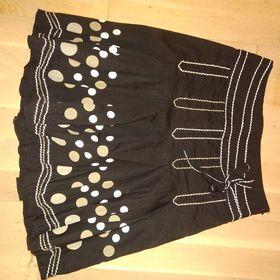 Inzeráty s puntíky - Sukně bazar - Sbazar.cz 950e6c04d5
