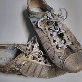 Nejlevnější inzeráty Sportovni - Bazar bot a obuvi kraj ... 55fca1499d2