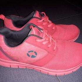 neon zelené tenisky Nike Food Locker 42 8e871928622