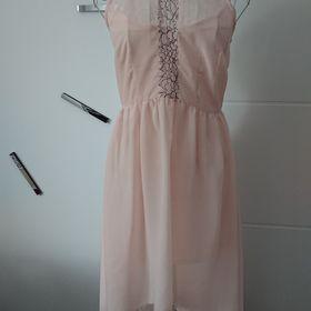 8240142e5422 Inzeráty Světle růžové - Společenské šaty bazar - Sbazar.cz
