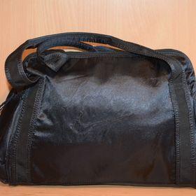 af5ce3ff4 Nike NK Tech Small sportovní taška přes rameno - Cheb - Sbazar.cz