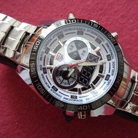 Inzeráty luxusní pánské hodinky - Bazar a inzerce zdarma - Sbazar.cz f5b8050a91a