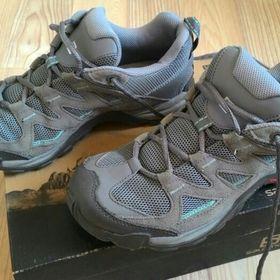 eb9b801b694 Dámské trekingové boty Salomon vel.38 2 3Kvalitní. Inzerát byl odebran z  oblíbených. 750 KčLiberec