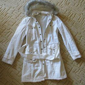 Bílý kabát L - Uherské Hradiště - Sbazar.cz 8d91270c4c