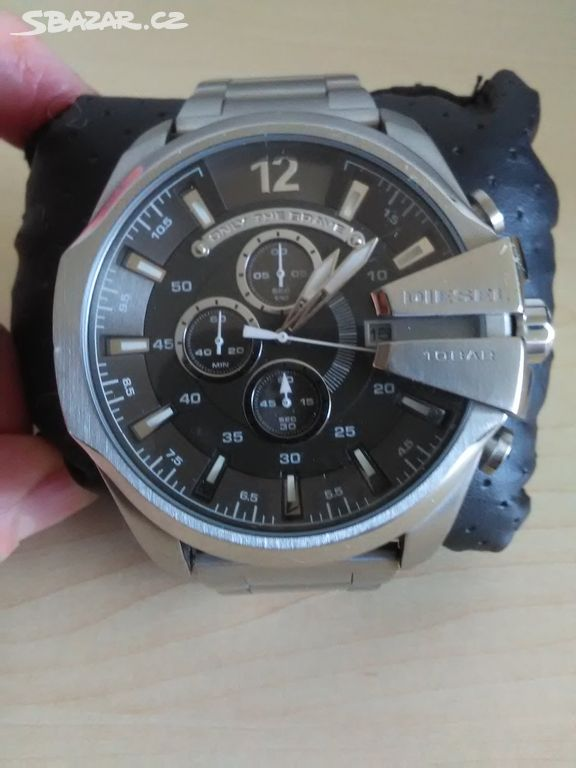 d9b503d1b8c6 Luxusní hodinky Diesel - Praha - Sbazar.cz