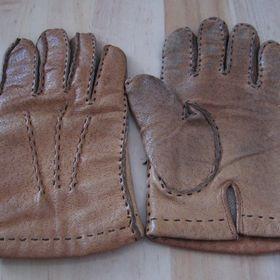 1273ac90692 Prodám bílé kožené rukavice viz obr. některé - Olomouc - Sbazar.cz