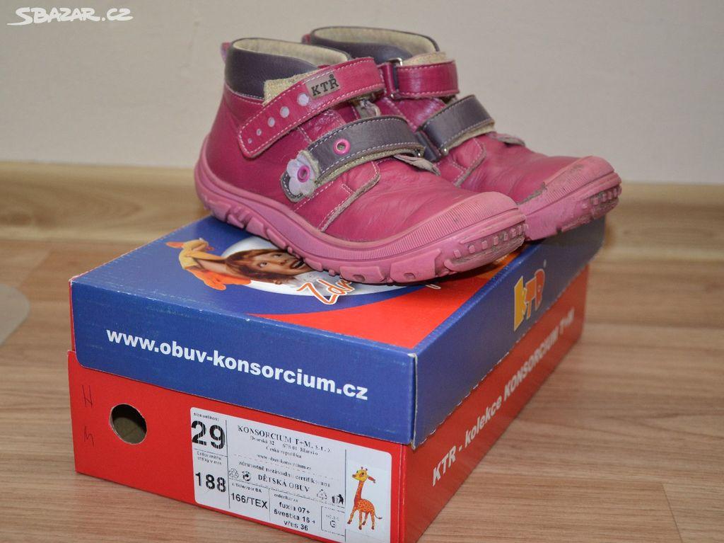 Celoroční boty KTR 54c5e66b44