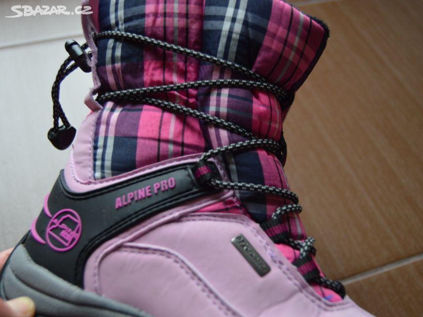 Prodám dívčí zimní boty zn. Alpine Pro vel. 32 - Nepomuk 0c9ccb021a