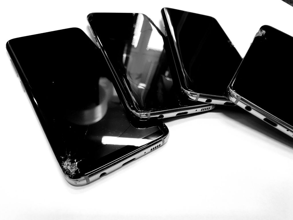 91c1d81fa Oprava skla/LCD Samsung S6, S7 EDGE, S8, S9, Note - Praha - Sbazar.cz