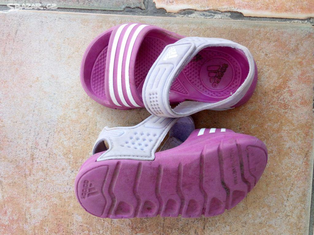 d3ad3845c46 dětské gumové sandálky vel.21 - Praha - Sbazar.cz