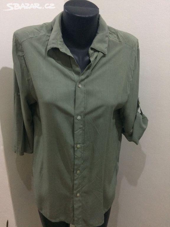 Prodám příjemnou dámskou košili - Šumperk - Sbazar.cz 3c5bdb3bcc