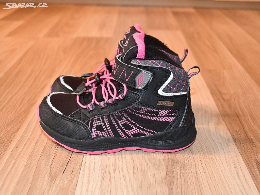 Dívčí zimní boty Umbro 7563e1a537e
