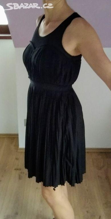 NOVÉ plisovane šaty Zn. H M 491d370853