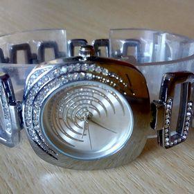 9c591773c02 Inzeráty dámské hodinky - Bazar hodinek