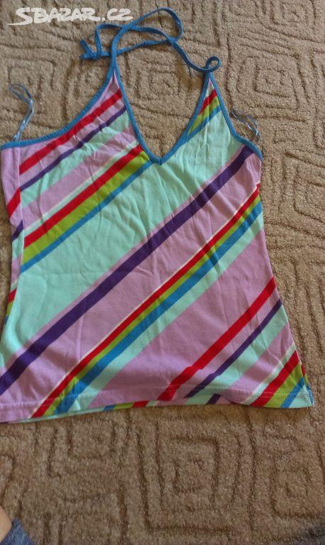 4e1bb91b4c35 Krásné barevné modní tričko na léto vel.M-top stav - Lučany nad ...