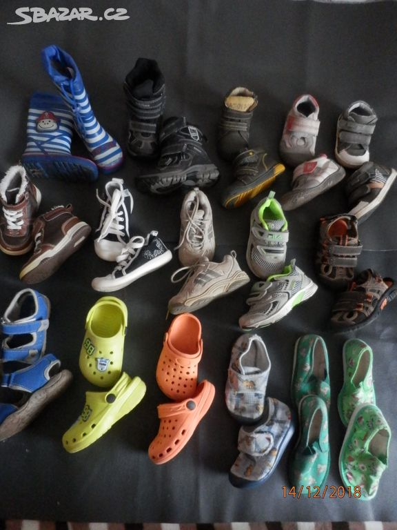 820638ec2c8 Boty   obuv vel. 24-25 stélky od 14