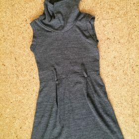 8fec559b394 Nejlevnější inzeráty Nabízíme prodeji - Společenské šaty bazar okres ...