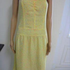Dámské letní šaty velikost 38. Inzerát byl odebran z oblíbených. 69 Kč Šluknov 8dd87b6238