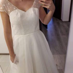 903118b8cfe6 Výpis nabídek. Něžné svatební šaty