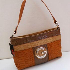 Nejlevnější inzeráty GUESS - Bazar kabelek a tašek okres Frýdek ... 83a6ae354ac
