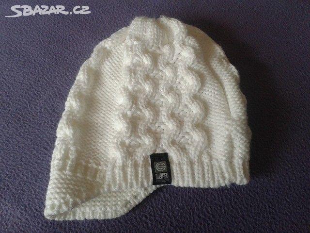 Prodám zimní dámskou čepici bílé barvy cc48264f0c