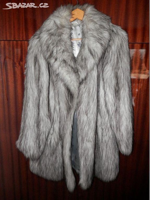 Prodám dámský umělý kožich(liška) b9093e51c7