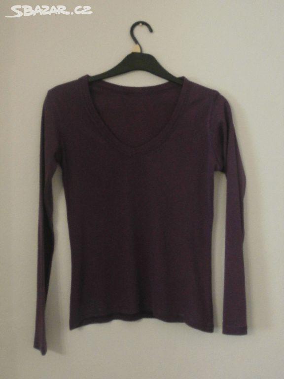 d296b0dfc7a0 Prodám tmavě fialové bavlněné tričko s dlouhým - Brno - Sbazar.cz