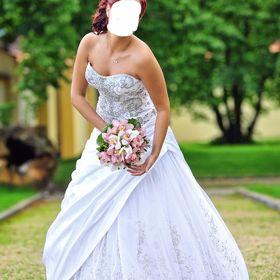 luxusní svatební šaty - Ledeč nad Sázavou d4d89a78d9