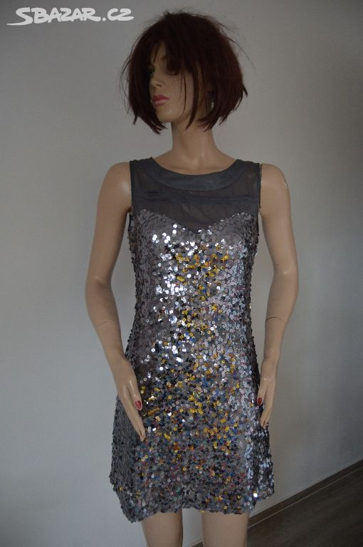 Prodám překrásné flitrové šaty zakoupené V Itálii a43cb7b1b0