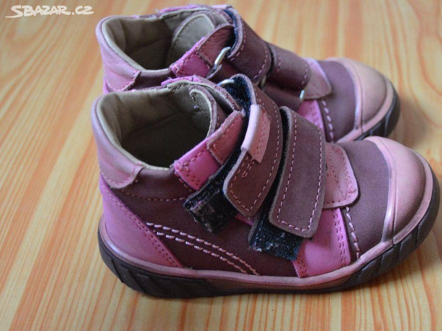 5da021f21af Prodám dětské boty Essi vel. 21 zachovalé - Nepomuk
