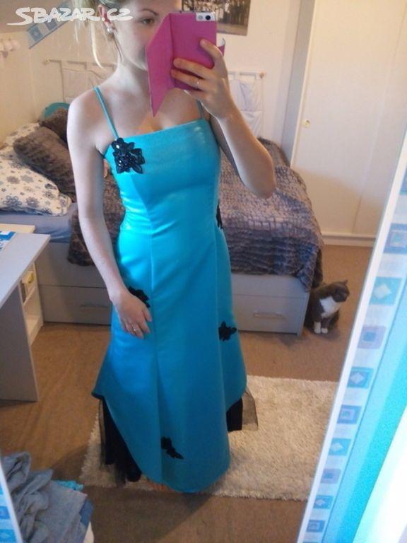 9f67a95b0f11 Krásné modré tyrkysové plesové maturitní šaty - Vestec