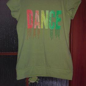 Výpis nabídek. ROZKLIKNĚTE-- Zelené tričko s potiskem f5b4aa2e96
