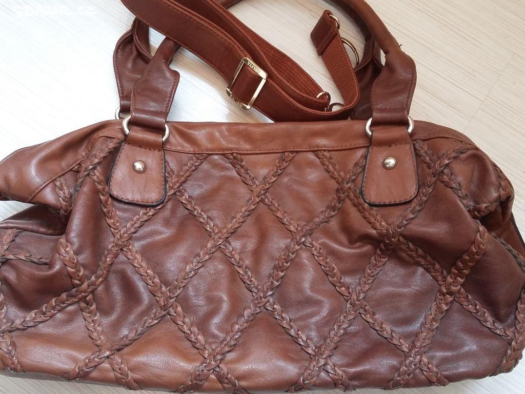 f2ee60f834 Krasna hneda kabelka - Říčany