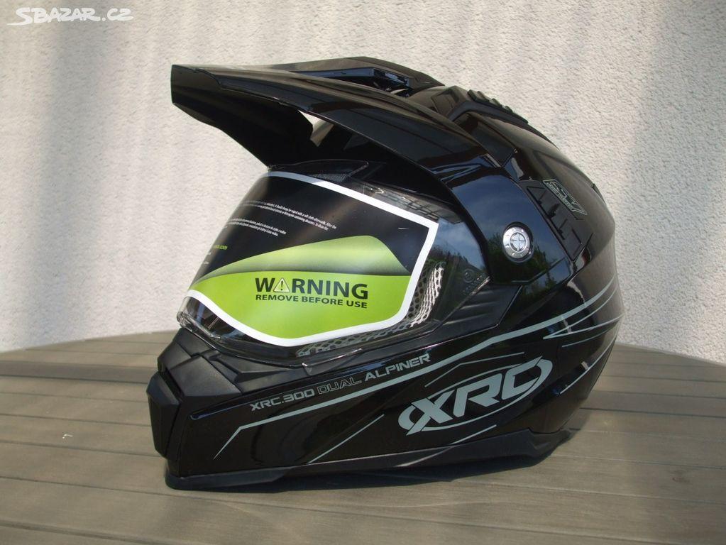 ce0d27204c9 Enduro a integrální helma 2v1 - Líně