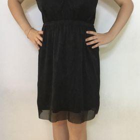 Inzeráty černé šaty xl - Bazar a inzerce zdarma - Sbazar.cz 7c9bb9e35f