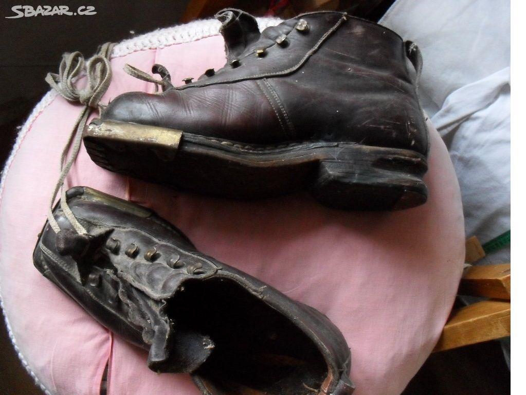 Staré lyžařské boty černé - rarita - Třebíč - Sbazar.cz 71ea460046