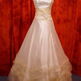 Prodám tyto společenské šaty vel.34-38 - Mariánské Lázně 8c145ec57e